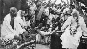 Gandhiji & Kasturba meeting Tagore at Santiniketan. Photo courtesy: Wikipedia
