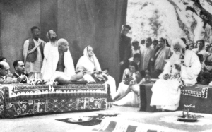 Gandhi_Shantiniketan_1940