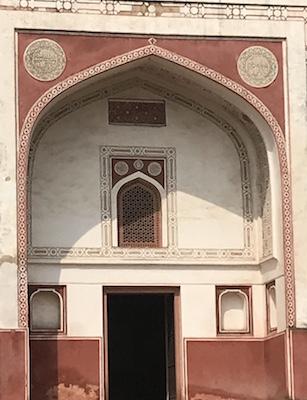 Lakarwala Burj - who built it?