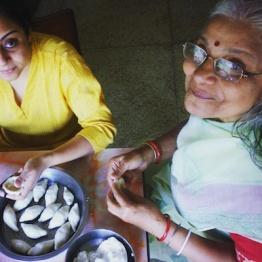 Making 'pithe': Bengali sweet dumpling